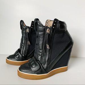 L.A.M.B Pamela Wedge Heel Leather Sneaker Size 8